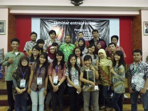Panitia Seminar dan Workshop HMPS SI 2013